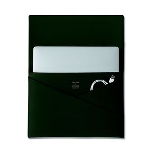 Monocle Laptop Cache